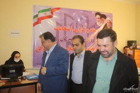 بازدید رئیس ستاد انتخابات استان از محل ثبت نام داوطلبین انتخابات در فرمانداری گرگان